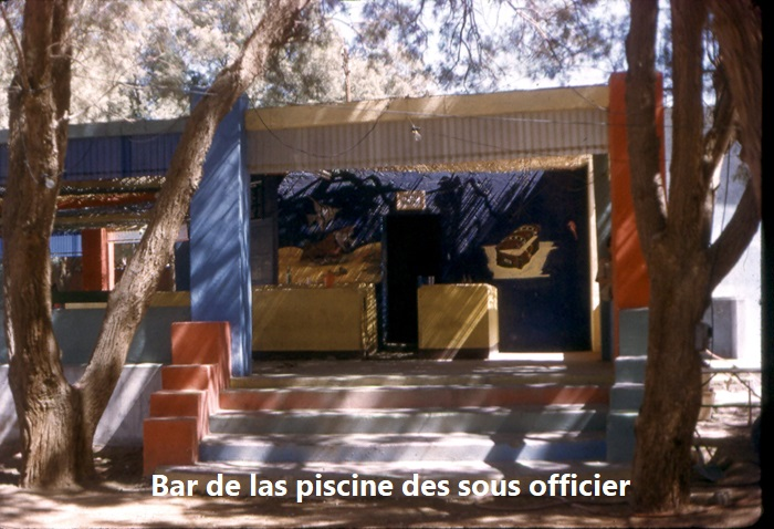 bar piscine sous-off.jpg